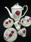 Royal Stafford Roses to remember coffee service